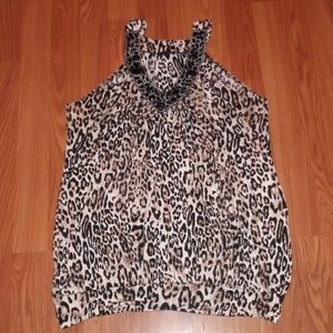 Animal print cheetah embellished v neckline